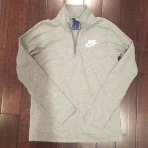 Boys Nike sz XL Gray 1/4 Zip